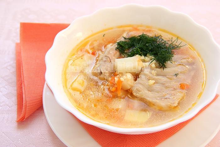 пшенный суп с индейкой и томатом
