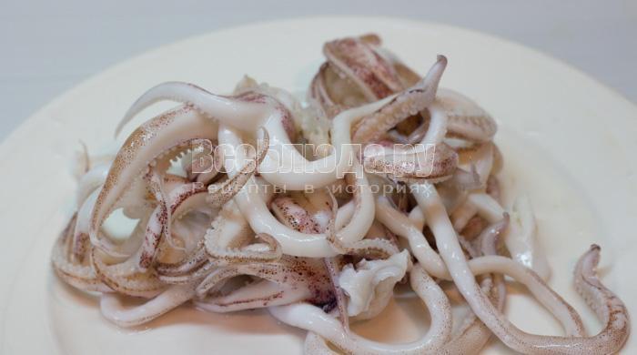 Маринованные кальмары (щупальца)