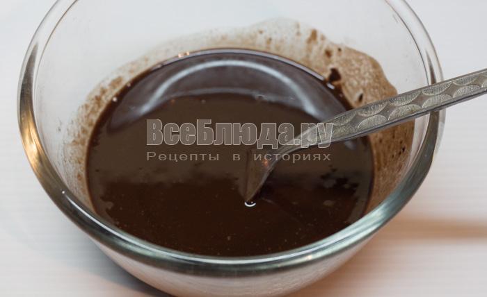 растопить масло и шоколад