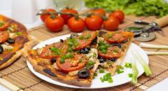 Пицца с курицей на дрожжевом тесте