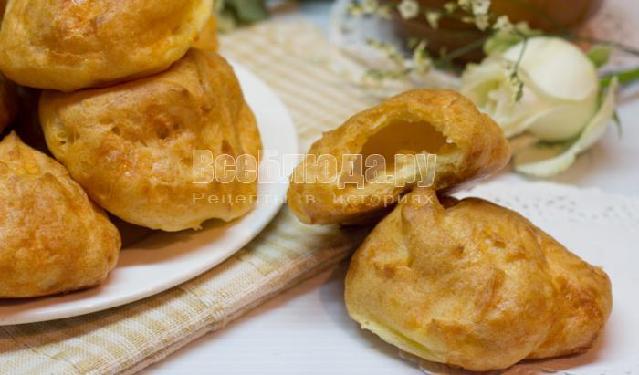 вкусные заварные булочки с сырной начинкой