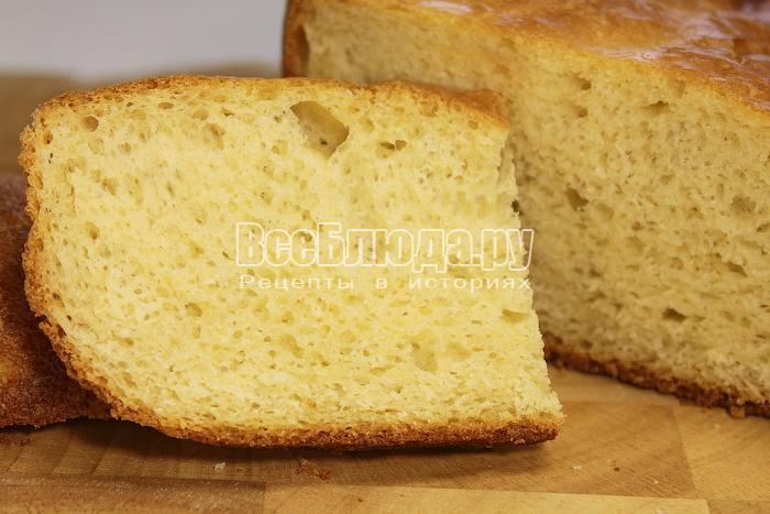Кусочек хлеба крупным планом