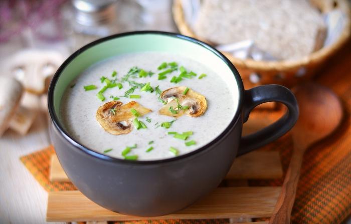 Крем суп из шампиньонов на сливках