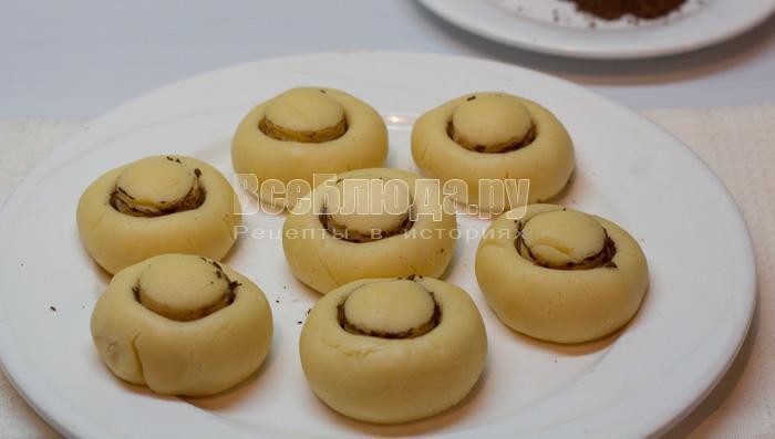 заготовки грибы из теста