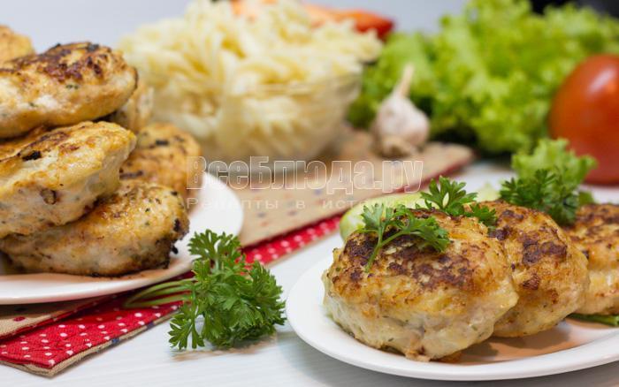 как приготовить куриные котлеты с макаронами