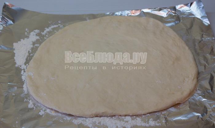 раскатать тесто в пласт