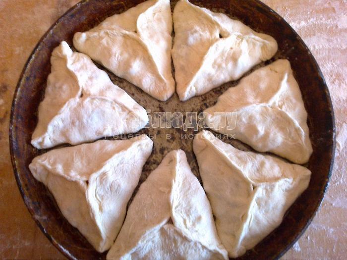 выложить треугольники в сковороду