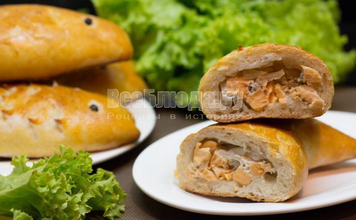 Пирожки с рыбной начинкой (семга, лук)