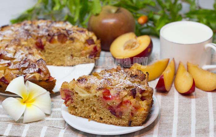 рецепт сливового пирога с яблоками