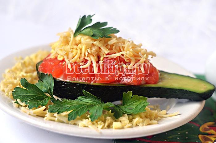 украсьте салат зеленью