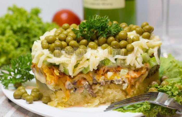 рецепт салата со шпротами и картошкой