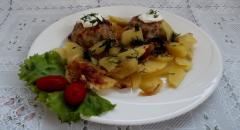 Тефтели в духовке с картошкой, как приготовить быстро и вкусно