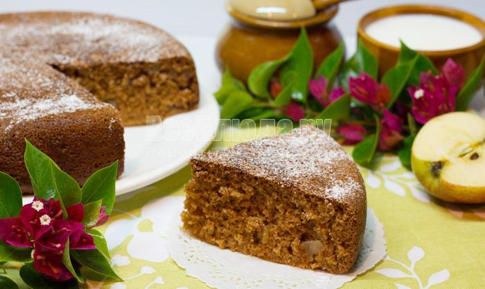 пирог с медом, яблоками, рецепт с фото в мультиварке