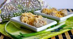 Фрикадельки с сыром из свинины, рецепт с фото