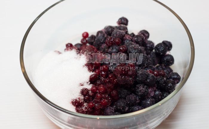 ягоды в сахаре