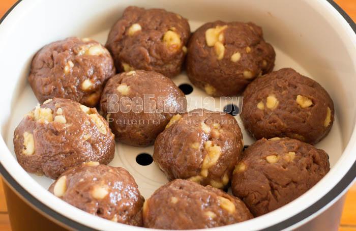 скатать печенье шариками