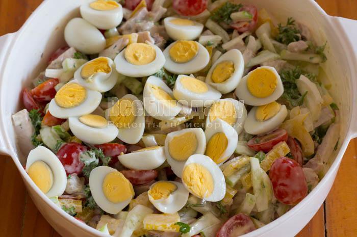 порезала яйца пеерпелки