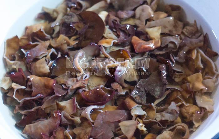 салат с сухими грибами рецепт с фото