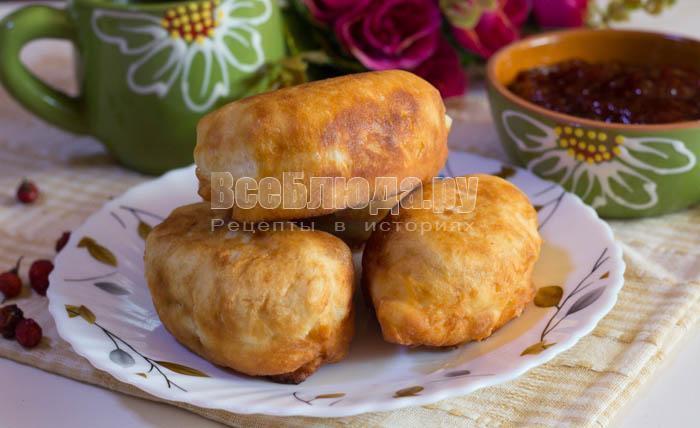 Пирожки без дрожжей и яиц жареные на сковороде