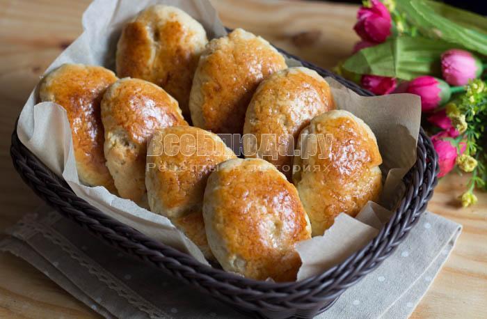 Быстрые пирожки с яблоками без дрожжей на творожном тесте