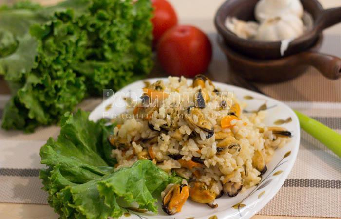готовый рис с мидиями