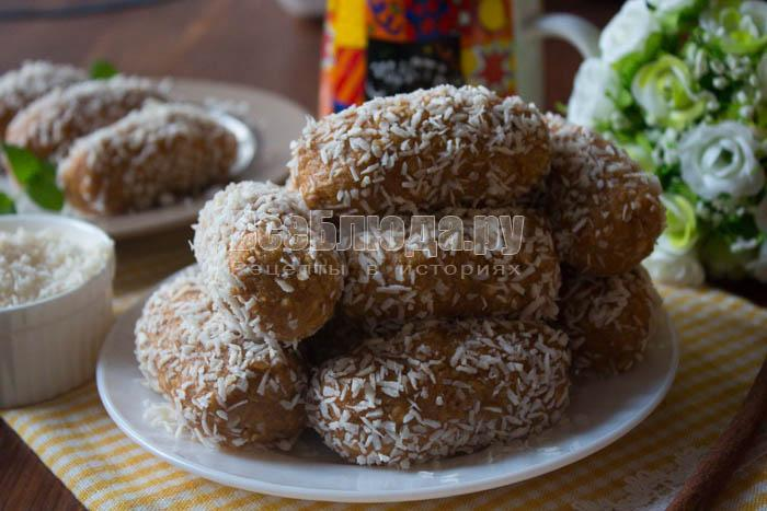 Рецепт тертого печенья с вареной сгущенкой