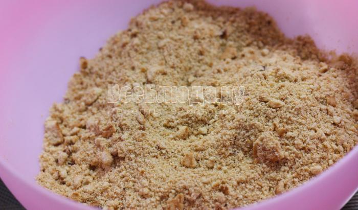 измельчить песочное печенье