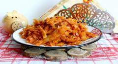 Тушеная капуста - просто и вкусно, рецепт для гарнира