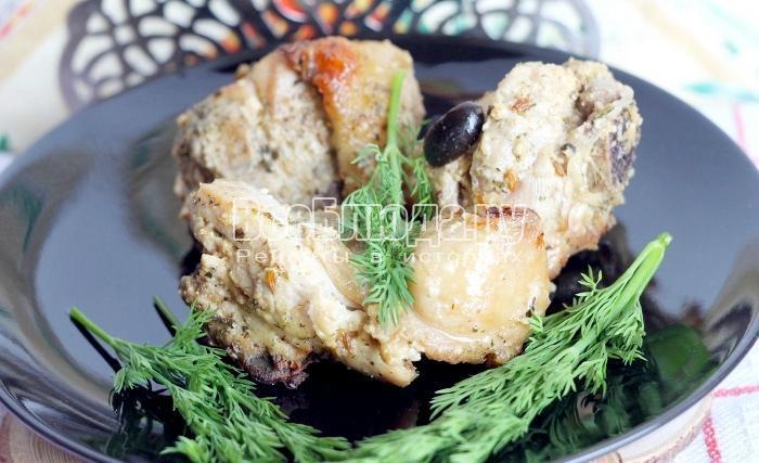 Курица в сметанном соусе в рукаве