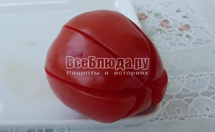 надрезать помидор на лепестки