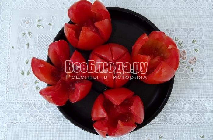 удалить мякоть помидоров