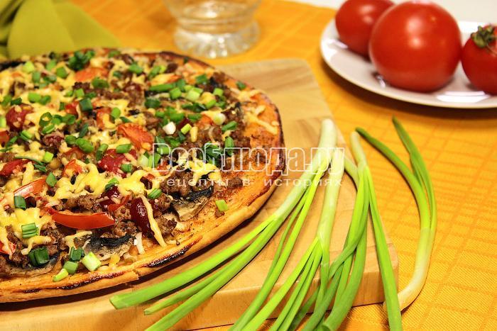 Готовая пицца с мясным фаршем