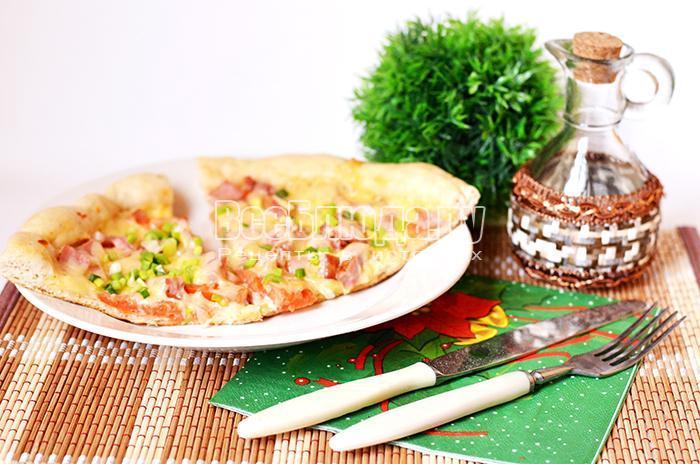 Рецепт пиццы с ветчиной и зеленым луком