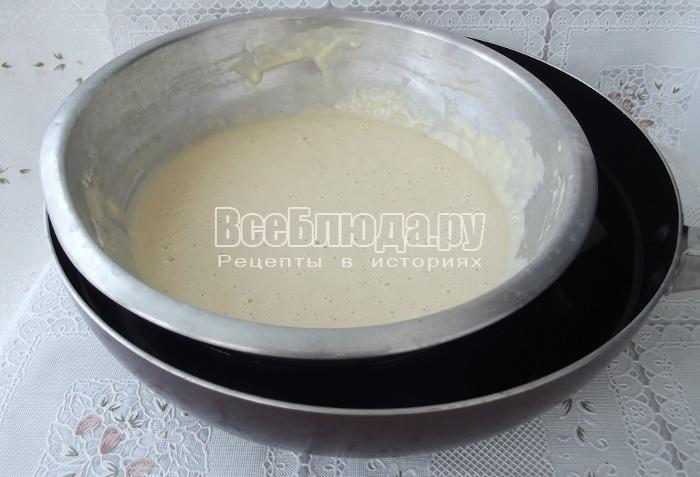 поставьте тесто в горячую воду
