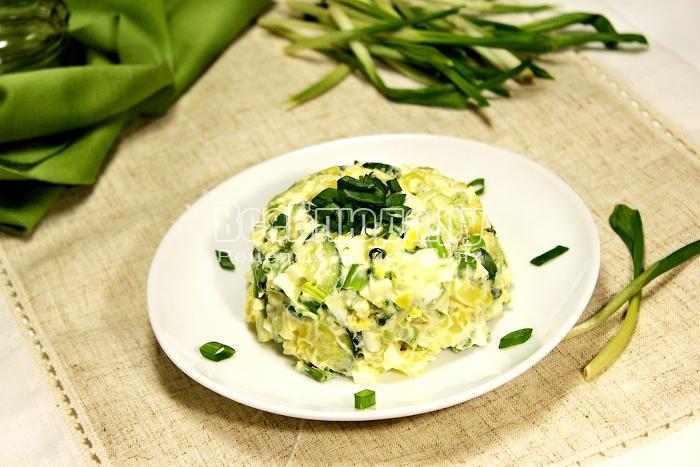 Готовый салат из черемши