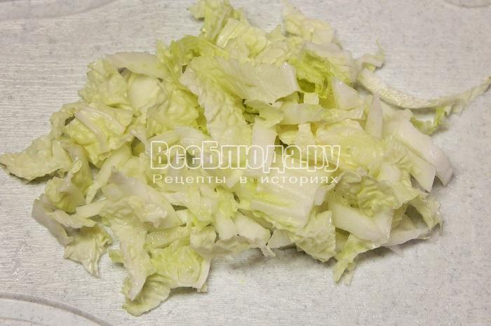 нашинковать пекинскую капусту