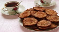 Шоколадные оладьи (с какао и орехами)