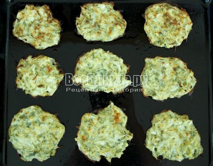 готовые капустные оладьи