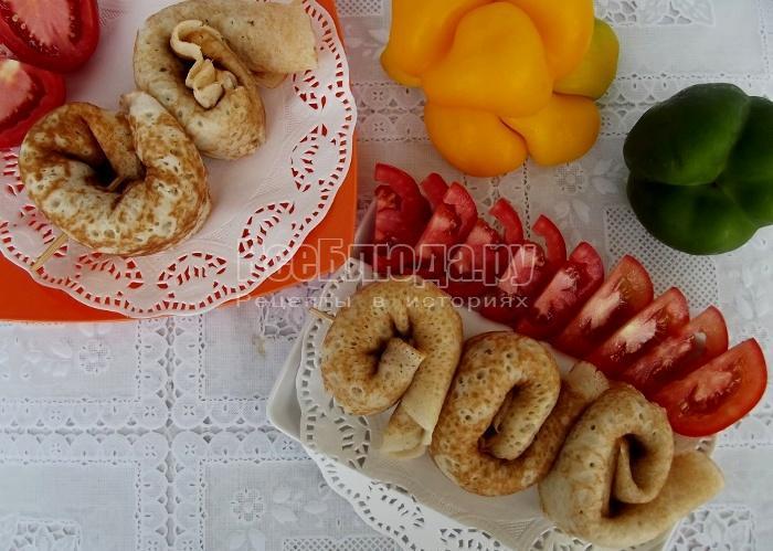 Блины, фаршированные печенью с рисом