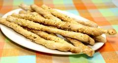 Хлебные палочки с кунжутом из дрожжевого теста