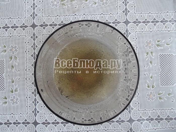 растворить желатин, сделать чайное желе