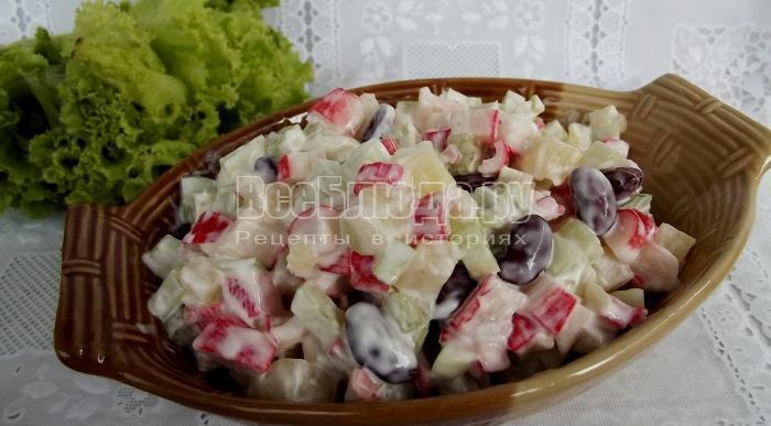 салат с консервированным ананасом и огурцами