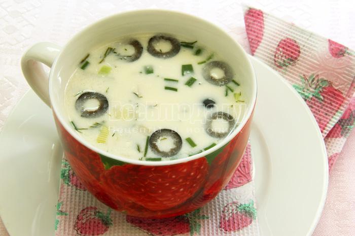 порция пшенного супа