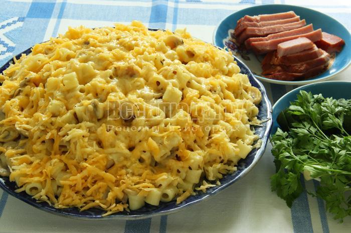 готовое блюдо из макарон с сыром