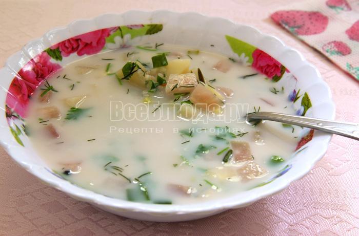 Молочный ячневый суп с дайконом