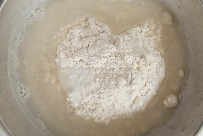 приготовить тесто для лепешек