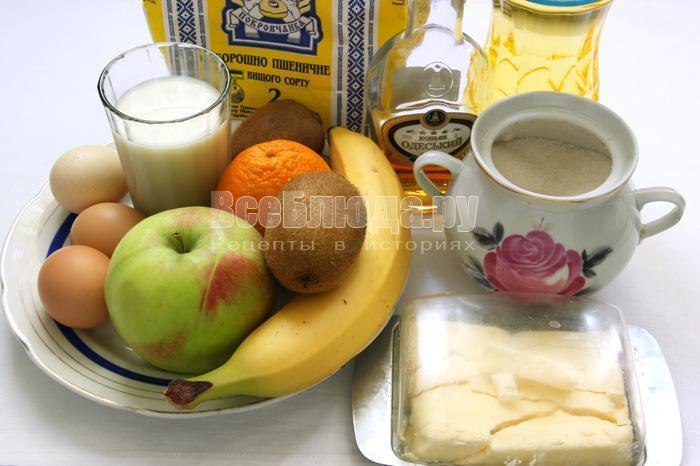 исходные продукты для пирога с фруктами