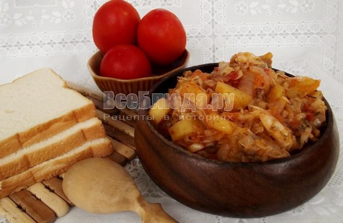 Солянка из квашеной капусты с фасолью