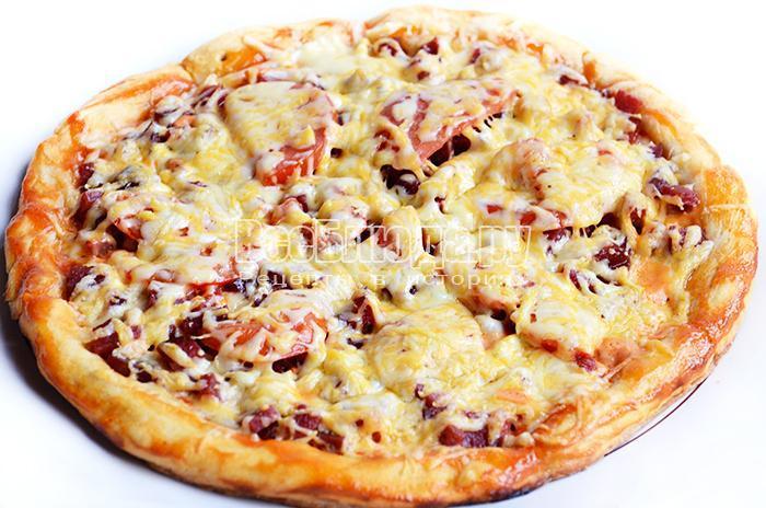 запекайте пиццу 10-12 минут