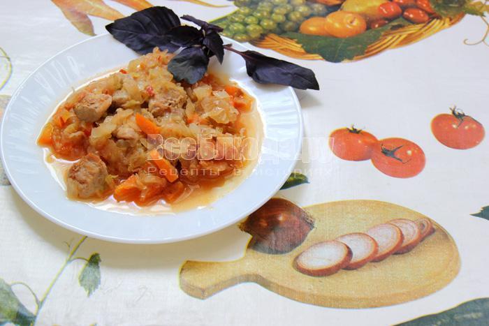 Рецепт тушеной капусты со свининой